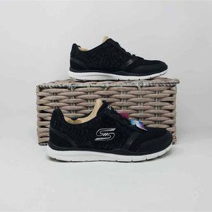 NWOB Skechers Womens Black Sneakers 5